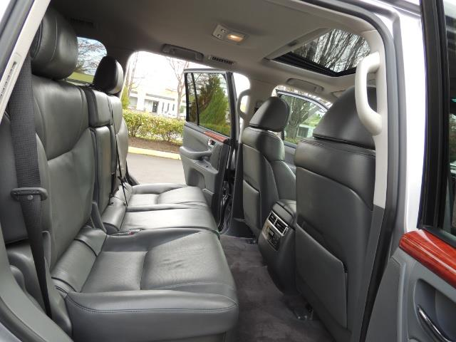 2010 Lexus LX 570 / AWD / Navi / Backup / Third Seat / 1-OWNER - Photo 16 - Portland, OR 97217