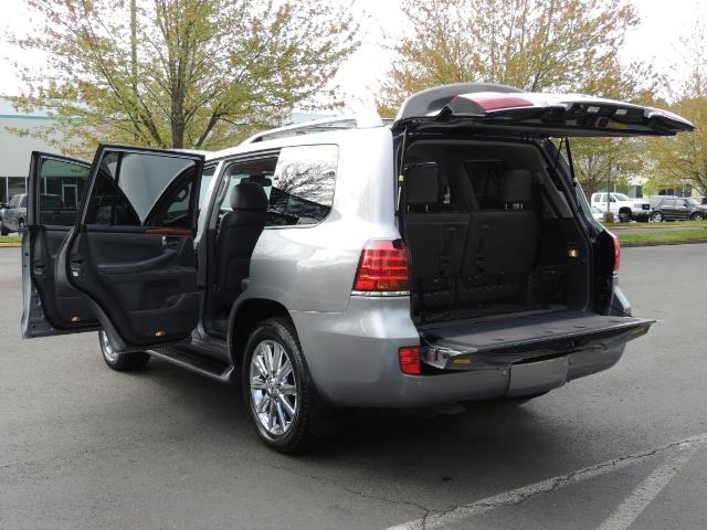 2010 Lexus LX 570 / AWD / Navi / Backup / Third Seat / 1-OWNER - Photo 27 - Portland, OR 97217