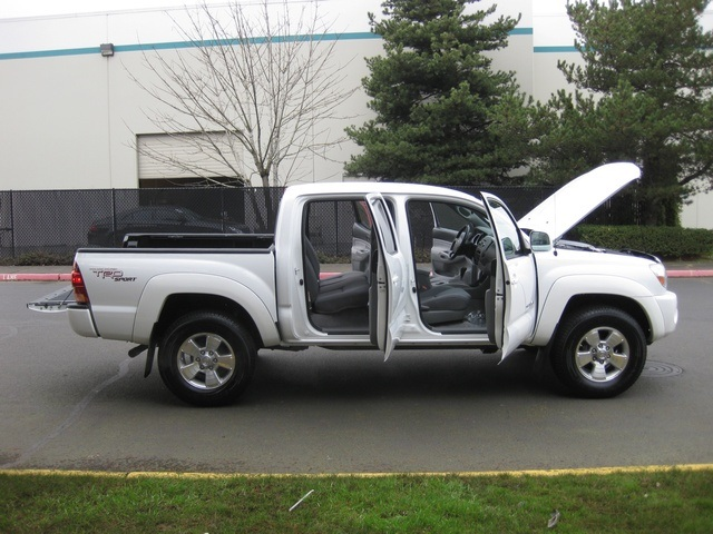 toyota tacoma sport 4x4 long bed auto silver autos post. Black Bedroom Furniture Sets. Home Design Ideas