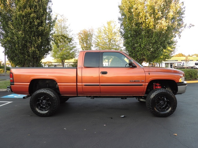 2001 dodge ram 1500 slt 4dr quad cab slt 4x4 lifted lifted. Black Bedroom Furniture Sets. Home Design Ideas