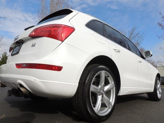 2010 Audi Q5 3.2 quattro Prestige / AWD / Panorama Sunroof - Photo 10 - Portland, OR 97217