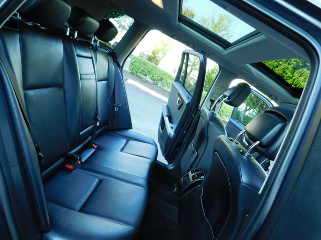 2011 Mercedes-Benz GLK GLK 350 4MATIC / 4WD / Panoramic Sunroof - Photo 17 - Portland, OR 97217