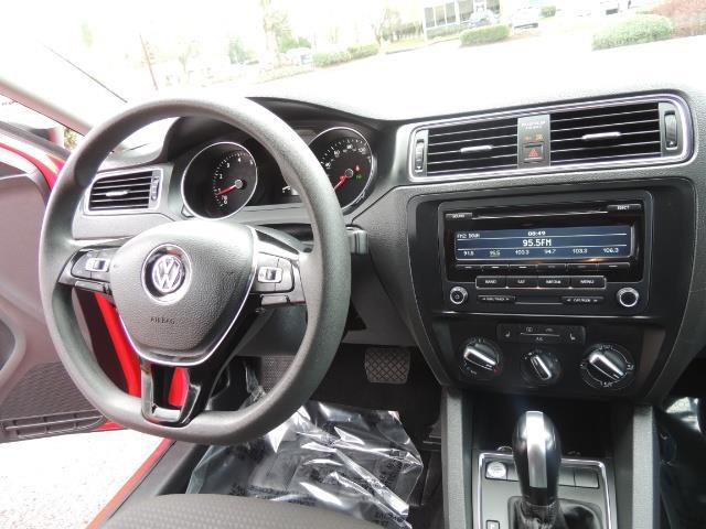 2015 Volkswagen Jetta SE PZEV - Photo 19 - Portland, OR 97217