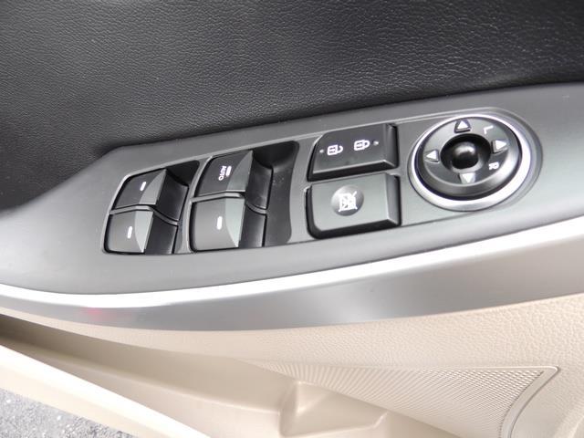 2014 Hyundai Elantra GT HatchBack 4DR 1-Owner Navigation ...
