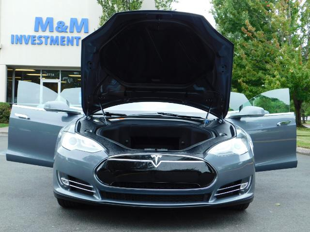 2013 Tesla Model S Tech Package / Smart Suspention / Leather / heated - Photo 31 - Portland, OR 97217