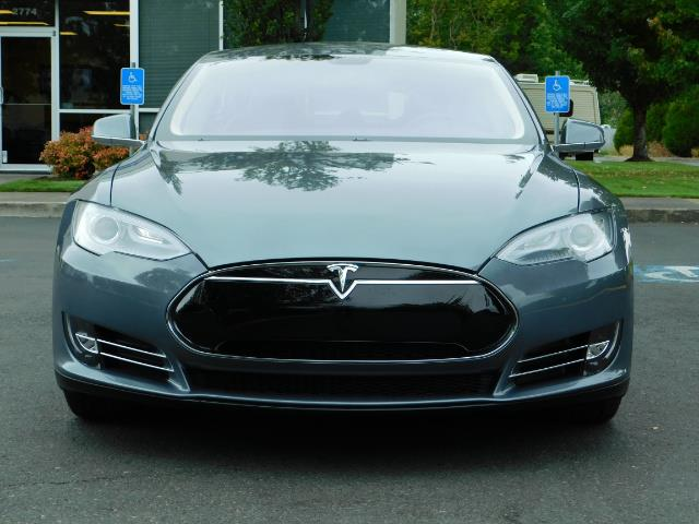 2013 Tesla Model S Tech Package / Smart Suspention / Leather / heated - Photo 5 - Portland, OR 97217