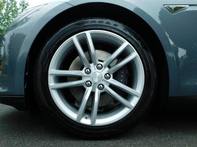 2013 Tesla Model S Tech Package / Smart Suspention / Leather / heated - Photo 38 - Portland, OR 97217