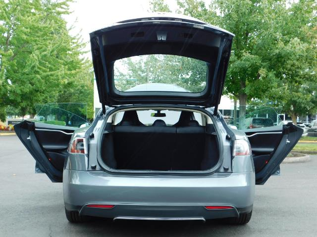 2013 Tesla Model S Tech Package / Smart Suspention / Leather / heated - Photo 24 - Portland, OR 97217