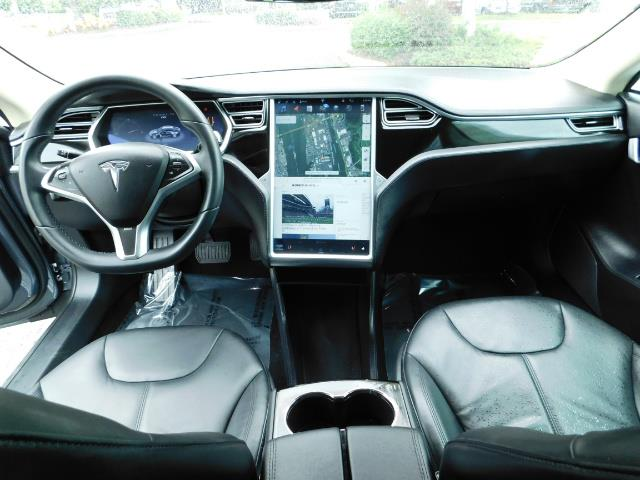 2013 Tesla Model S Tech Package / Smart Suspention / Leather / heated - Photo 18 - Portland, OR 97217