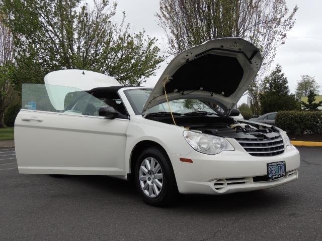2009 Chrysler Sebring LX - Photo 32 - Portland, OR 97217