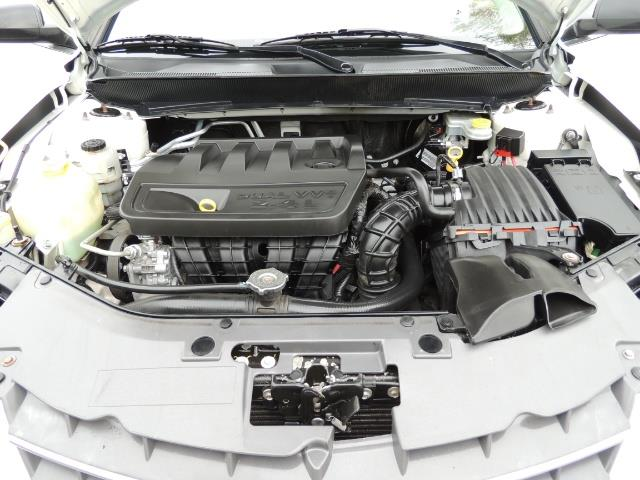 2009 Chrysler Sebring LX - Photo 34 - Portland, OR 97217