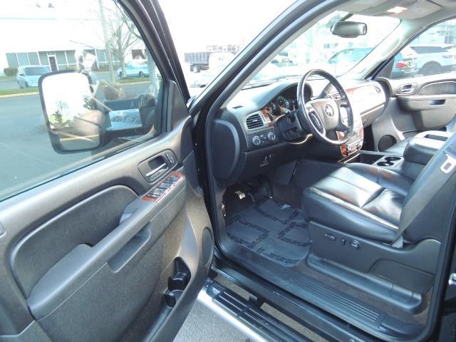 2011 Chevrolet Silverado 3500 LTZ DUALLY 4X4 FLAT BED 6.6L DURAMAX ALLISON - Photo 13 - Portland, OR 97217