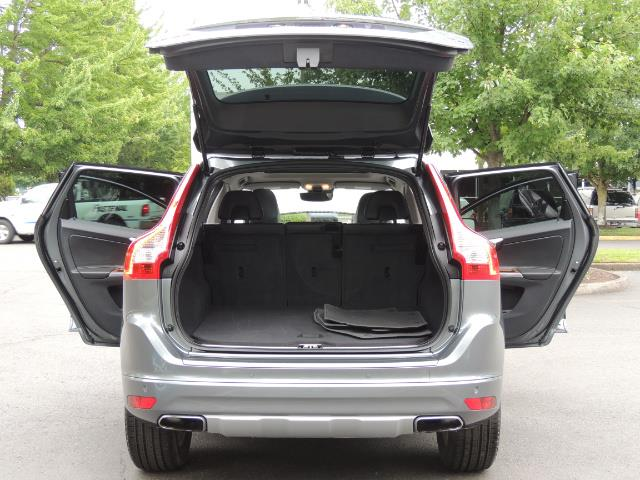2017 Volvo XC60 T5 Inscription / BLIS / NAVI / Backup / Pano Roof - Photo 28 - Portland, OR 97217