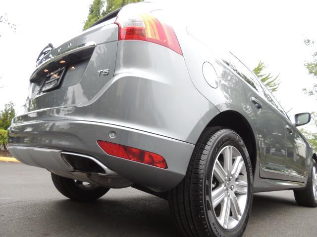 2017 Volvo XC60 T5 Inscription / BLIS / NAVI / Backup / Pano Roof - Photo 12 - Portland, OR 97217