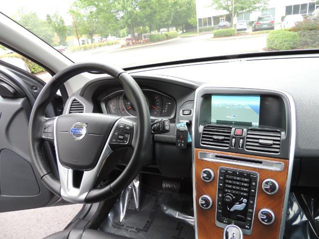 2017 Volvo XC60 T5 Inscription / BLIS / NAVI / Backup / Pano Roof - Photo 17 - Portland, OR 97217