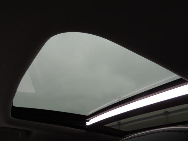 2017 Volvo XC60 T5 Inscription / BLIS / NAVI / Backup / Pano Roof - Photo 21 - Portland, OR 97217