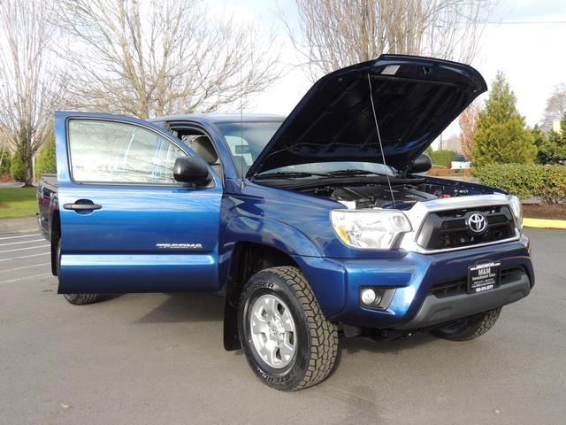 2014 Toyota Tacoma PreRunner V6 / Back up camera / 1-OWNER - Photo 31 - Portland, OR 97217