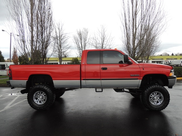 used 2000 dodge ram 2500 slt 4dr 4x4 5 9l diesel 5 speed manual for sale in portland or. Black Bedroom Furniture Sets. Home Design Ideas