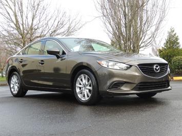 2016 Mazda Mazda6 i Sport Sedan/ Back Up Camera / 1-Owner / Warranty Sedan