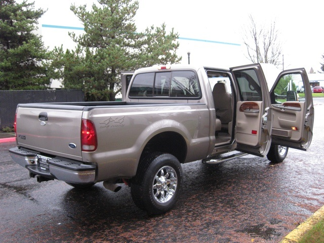 2002 Ford F-350 Crew Cab 4X4 LARIAT / 7.3L Turbo Diesel /LOW Miles - Photo 12 - Portland, OR 97217