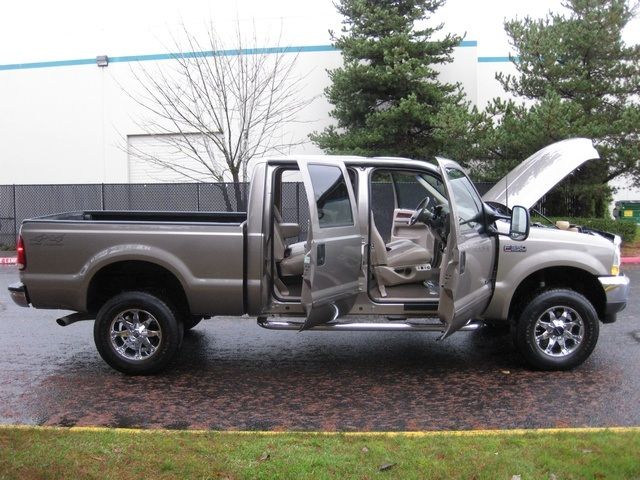 2002 Ford F-350 Crew Cab 4X4 LARIAT / 7.3L Turbo Diesel /LOW Miles - Photo 13 - Portland, OR 97217