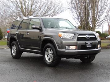 2010 Toyota 4Runner SR5 V6 4.0L Leather Moon Roof 4WD Heated Seats SUV