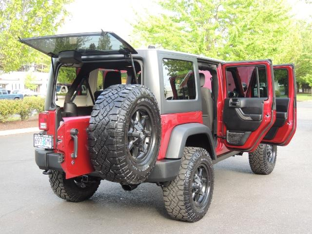 2011 Jeep Wrangler Unlimited Sport / 4X4 / 6-SPEED / LIFTED - Photo 29 - Portland, OR 97217