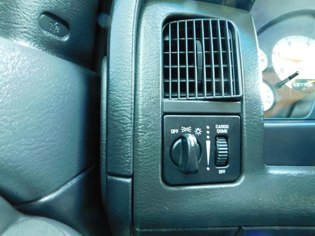 2004 Dodge Ram 2500 Quad Cab / 4X4 5.9L CUMMINS Diesel MANUAL / LIFTED - Photo 39 - Portland, OR 97217