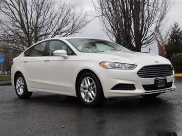 2016 Ford Fusion SE / Sedan / Back up camera / Excel Cond Sedan