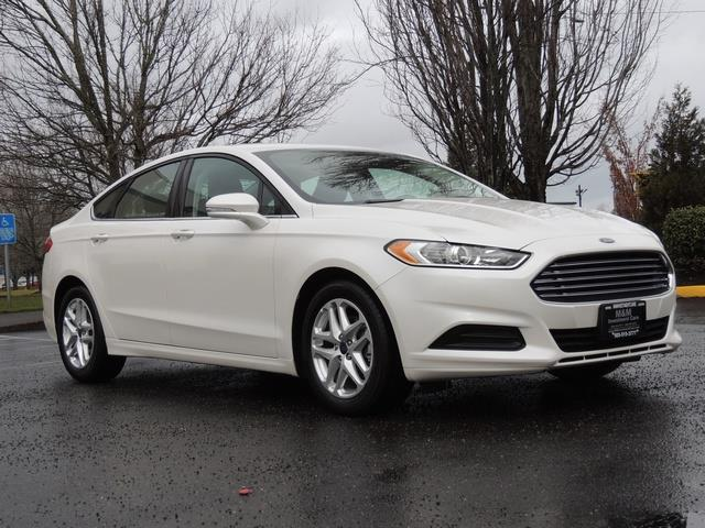 2016 Ford Fusion SE / Sedan / Back up camera / Excel Cond - Photo 2 - Portland, OR 97217
