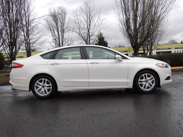 2016 Ford Fusion SE / Sedan / Back up camera / Excel Cond - Photo 4 - Portland, OR 97217