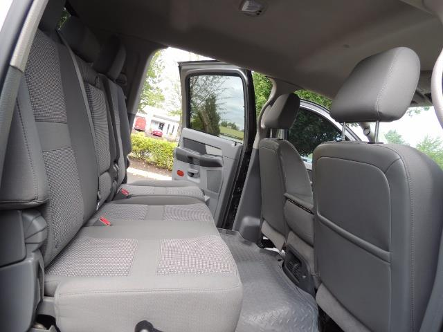 2007 Dodge Ram 2500 SLT 4dr Mega Cab / 4X4 /5.9L DIESEL /NAVI/ LIFTED - Photo 16 - Portland, OR 97217