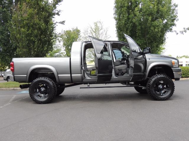 2007 Dodge Ram 2500 SLT 4dr Mega Cab / 4X4 /5.9L DIESEL /NAVI/ LIFTED - Photo 29 - Portland, OR 97217