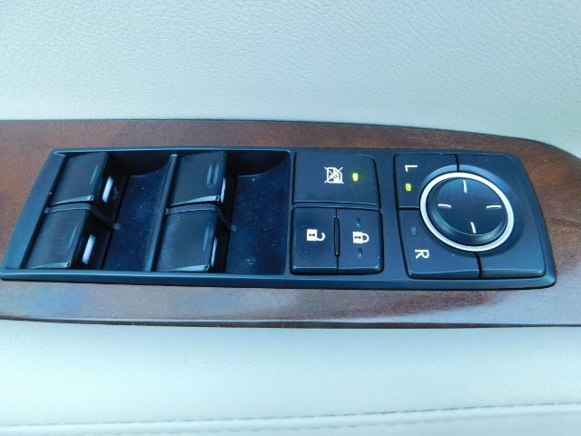 2011 Lexus RX 350 AWD NAVi / Rear Cam / Cooled Seats / LUXURY - Photo 34 - Portland, OR 97217