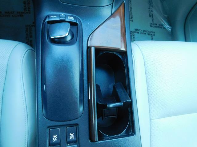 2011 Lexus RX 350 AWD NAVi / Rear Cam / Cooled Seats / LUXURY - Photo 39 - Portland, OR 97217