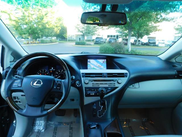 2011 Lexus RX 350 AWD NAVi / Rear Cam / Cooled Seats / LUXURY - Photo 18 - Portland, OR 97217