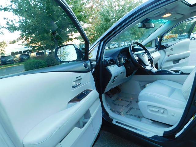 2011 Lexus RX 350 AWD NAVi / Rear Cam / Cooled Seats / LUXURY - Photo 13 - Portland, OR 97217