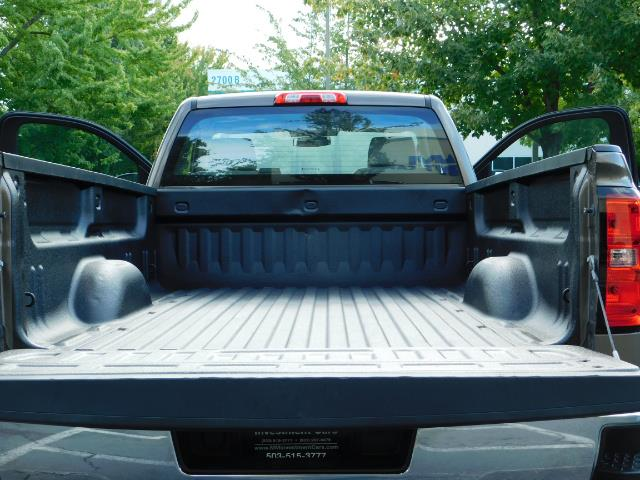 2015 Chevrolet Silverado 2500 Regular cab / 4X4 / 1-OWNER / NEW WHEELS TIRES - Photo 18 - Portland, OR 97217