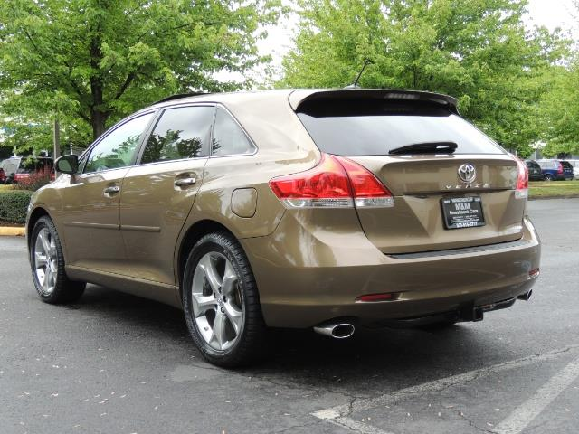 2010 Toyota Venza AWD V6 Wagon / LEATHER / Panoramic Roof / Records - Photo 7 - Portland, OR 97217