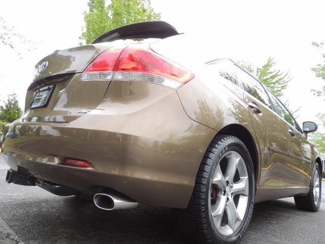 2010 Toyota Venza AWD V6 Wagon / LEATHER / Panoramic Roof / Records - Photo 12 - Portland, OR 97217