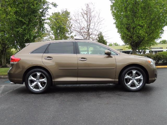 2010 Toyota Venza AWD V6 Wagon / LEATHER / Panoramic Roof / Records - Photo 4 - Portland, OR 97217