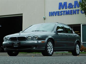 2003 Jaguar X-Type 2.5 / Sedan / AWD / Leather / Sunroof / EXCL COND Sedan