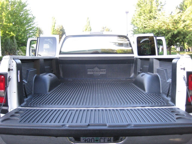 2001 Dodge Ram 3500 4x4 SLT 1-TON Dually - Photo 38 - Portland, OR 97217