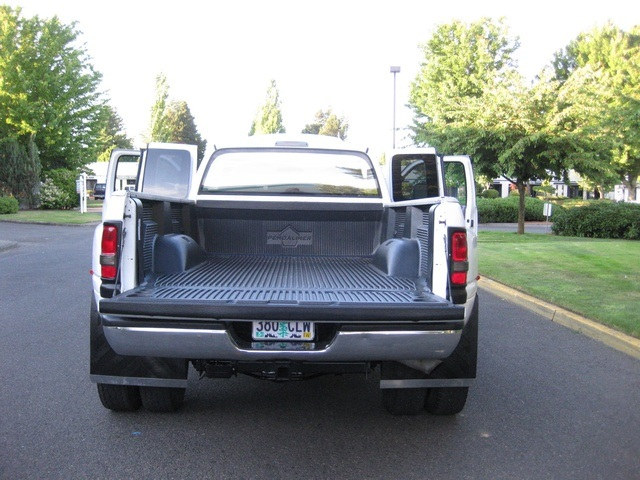 2001 Dodge Ram 3500 4x4 SLT 1-TON Dually - Photo 30 - Portland, OR 97217