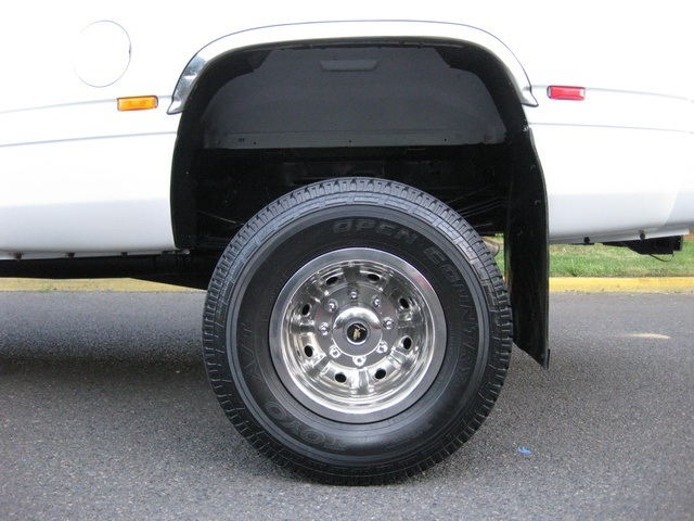 2001 Dodge Ram 3500 4x4 SLT 1-TON Dually - Photo 20 - Portland, OR 97217