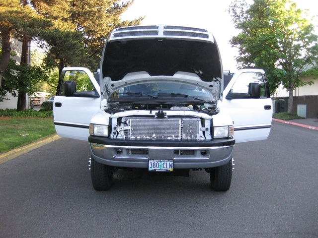 2001 Dodge Ram 3500 4x4 SLT 1-TON Dually - Photo 26 - Portland, OR 97217