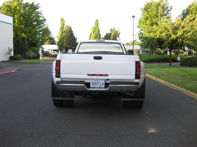 2001 Dodge Ram 3500 4x4 SLT 1-TON Dually - Photo 5 - Portland, OR 97217