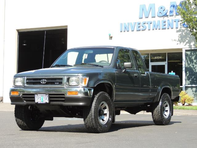 1993 Toyota Pickup Deluxe V6 2dr Deluxe V6 / 4X4 / 5-SPEED / 1-OWNER - Photo 37 - Portland, OR 97217