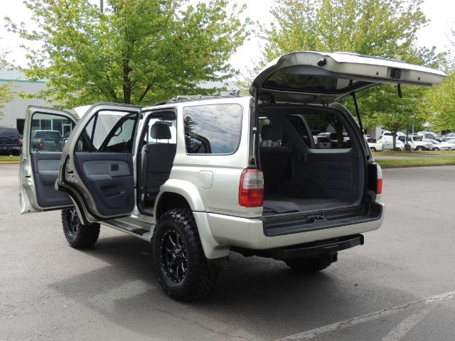 2000 Toyota 4Runner SPORT SR5 / 4X4 / Sunroof / LIFTED LIFTED - Photo 13 - Portland, OR 97217