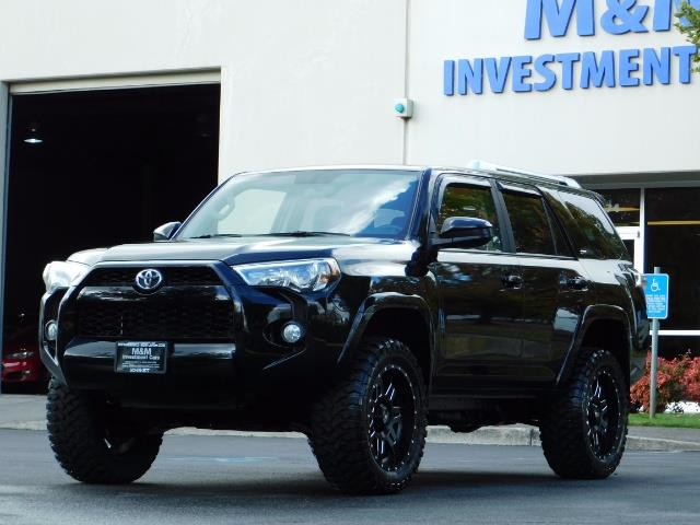 2016 Toyota 4Runner SR5 / 4WD / Navi / Backup Camera/ LIFTED LIFTED - Photo 50 - Portland, OR 97217